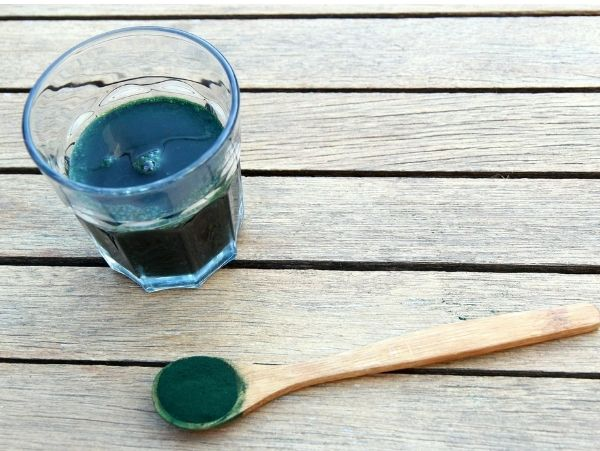 foods for hair growth spirulina