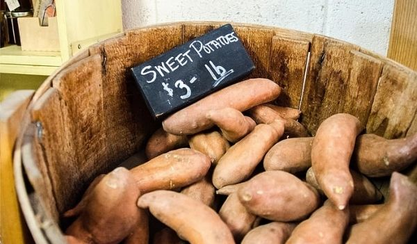 food-for-hair-growth-sweet-potatoes