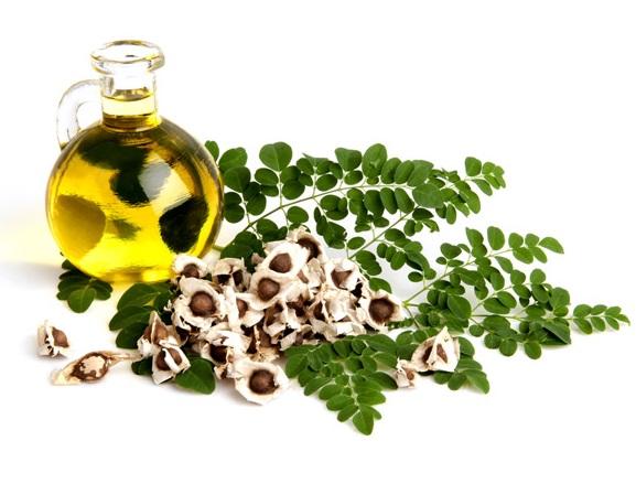 hair growth oil for black-women. moringa oil.