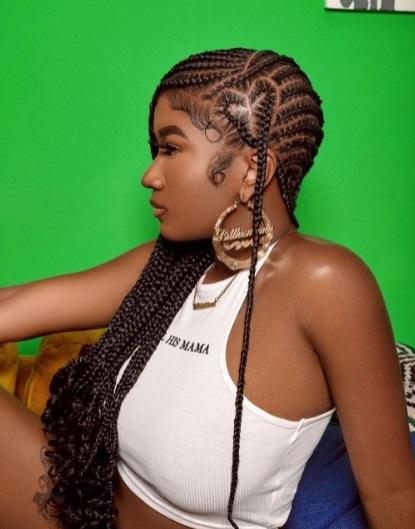 Cute very long Lemonade braids styles on pretty black woman. Lemonade braids.